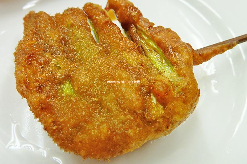 串カツ「てんぐ」に行くと野菜と肉のバランスを考えてアスパラガスの串揚げを注文することが多いです。