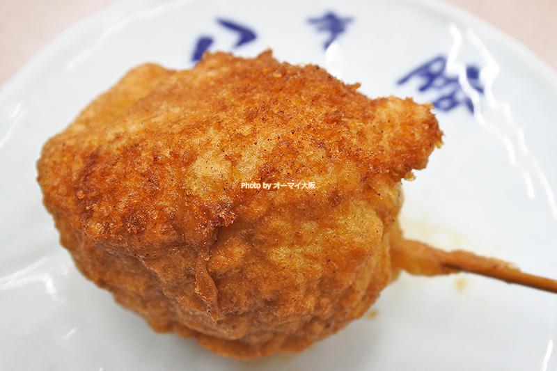 タマゴの串揚げは1本100円。串カツの名店「八重勝」で女性に人気のメニューです。