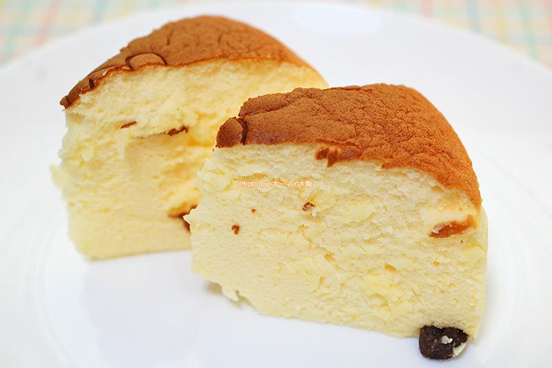子どもからお年寄りまで、人気の「りくろーおじさん」のチーズケーキ。大阪のおみやげとして、安くて便利なチーズケーキです。