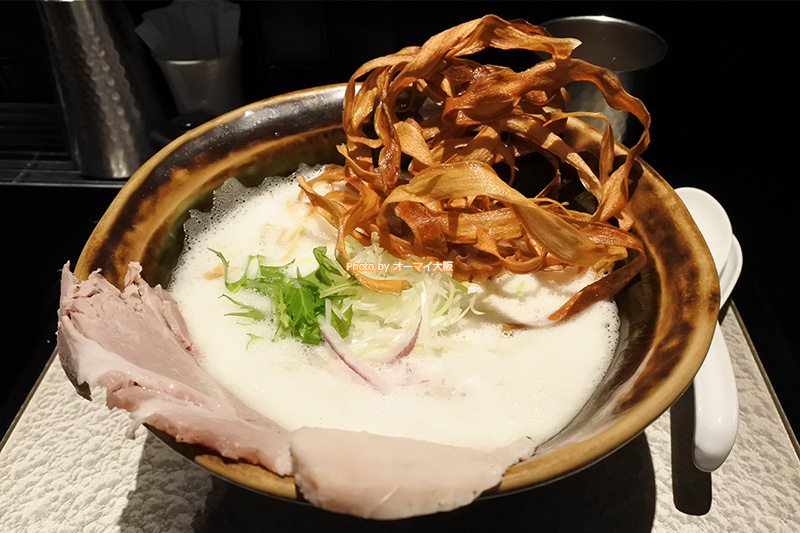 初ランチは「鶏soba(鶏そば)大盛り」をお願いしました。