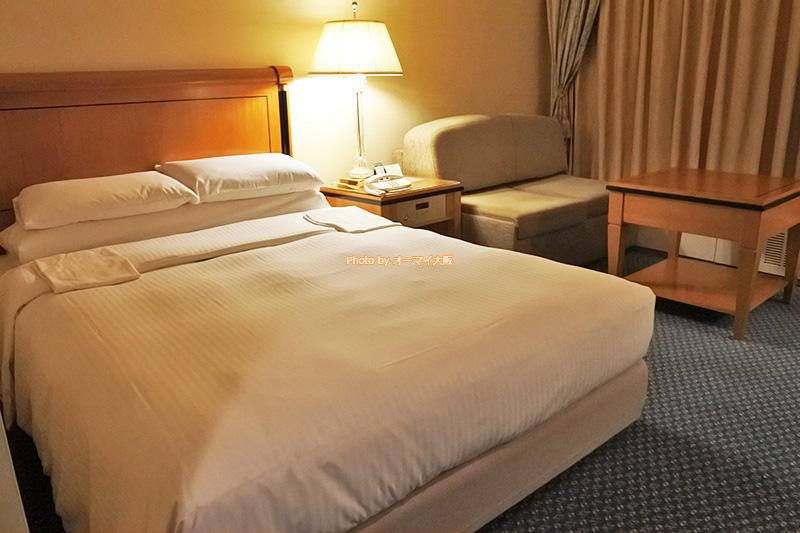 優雅な客室でリラックスして過ごしたいなら「リーガロイヤルホテル大阪」のスーペリアフロアがおすすめです。