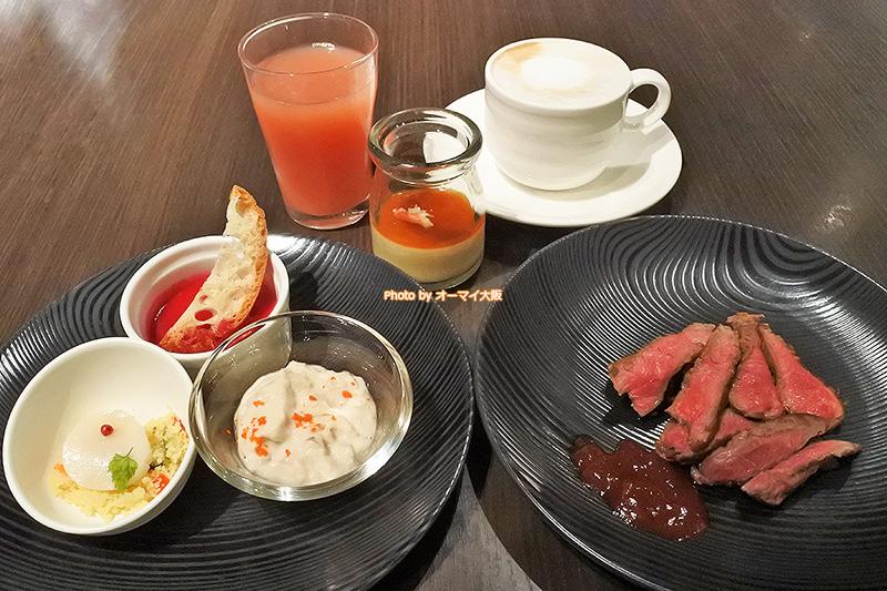前菜がめちゃめちゃ豪華で食べ放題の夕食ビュッフェとは思えないレストラン「リモネ」のクオリティです。