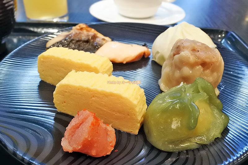 レストラン「リモネ」の焼き魚と点心は文句なしにおいしかったです。