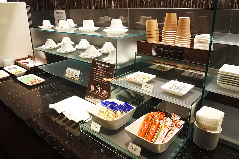 観光客から大人気の「ホテルグランヴィア大阪」の専用ラウンジのソフトドリンクはテイクアウトすることもできます。