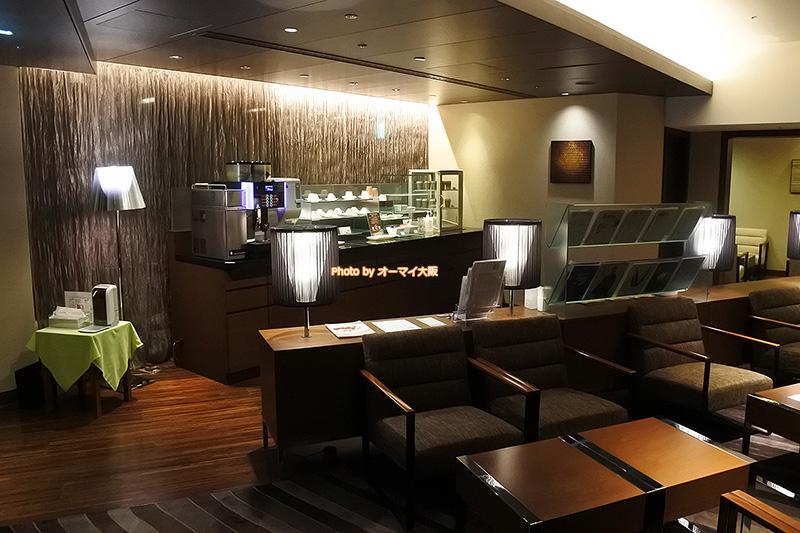 大好きな「ホテルグランヴィア大阪」の最上階グランヴィアフロアにある専用ラウンジで軽めの朝食をいただくことができます。