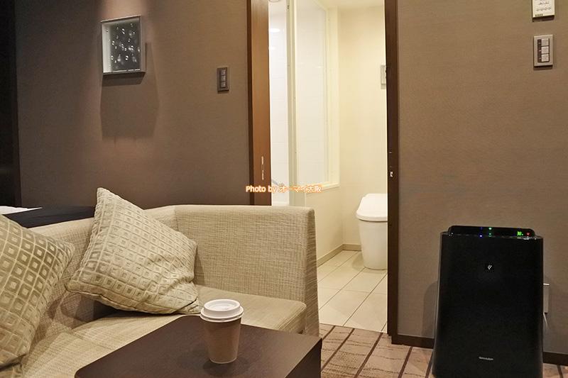最上階にあるグランヴィアフロアの客室には、特別な風呂とアメニティが用意されています。
