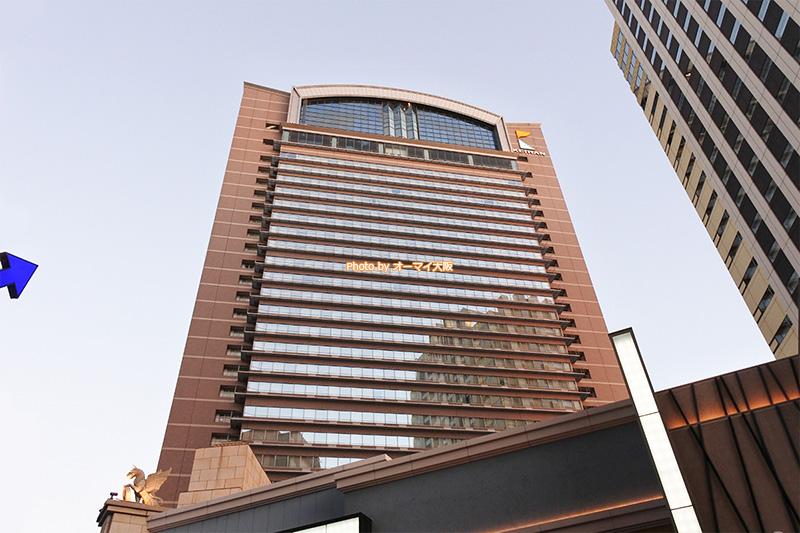 USJの観光に最適な人気ホテル「ホテル京阪ユニバーサルタワー」の外観です。