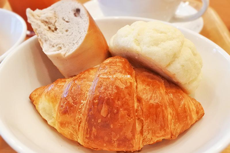 パンは数種類ありました。