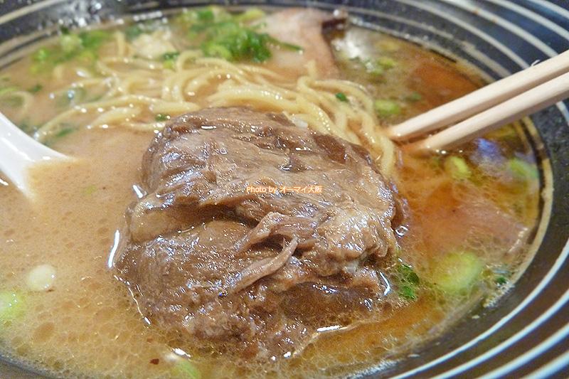 軟骨チャーシューは「麺や 七(なな)」の個性が詰まった人気のチャーシューです。