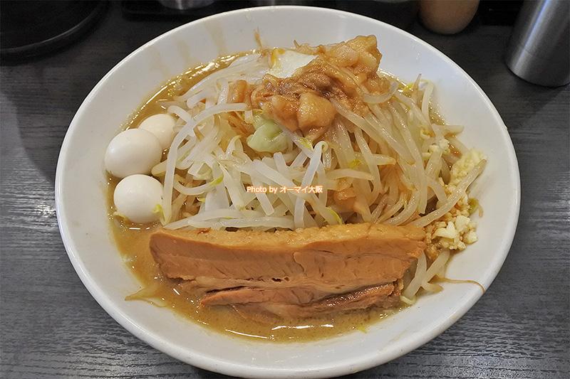 ラーメン「福はら」が誇る二郎系ラーメン。特別臨時営業日にしか食べられないメニューです。