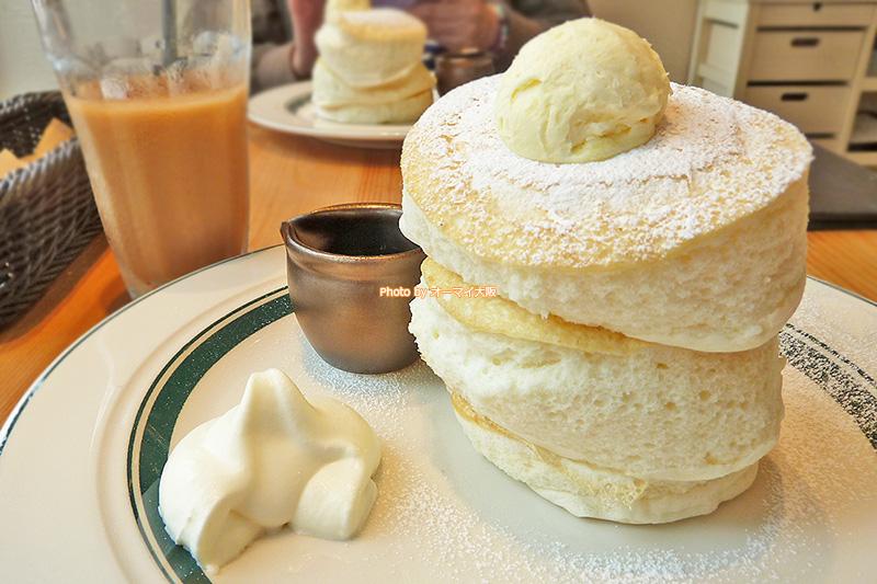 女性に人気のパンケーキ専門店「gram(グラム)」のプレミアムパンケーキです。